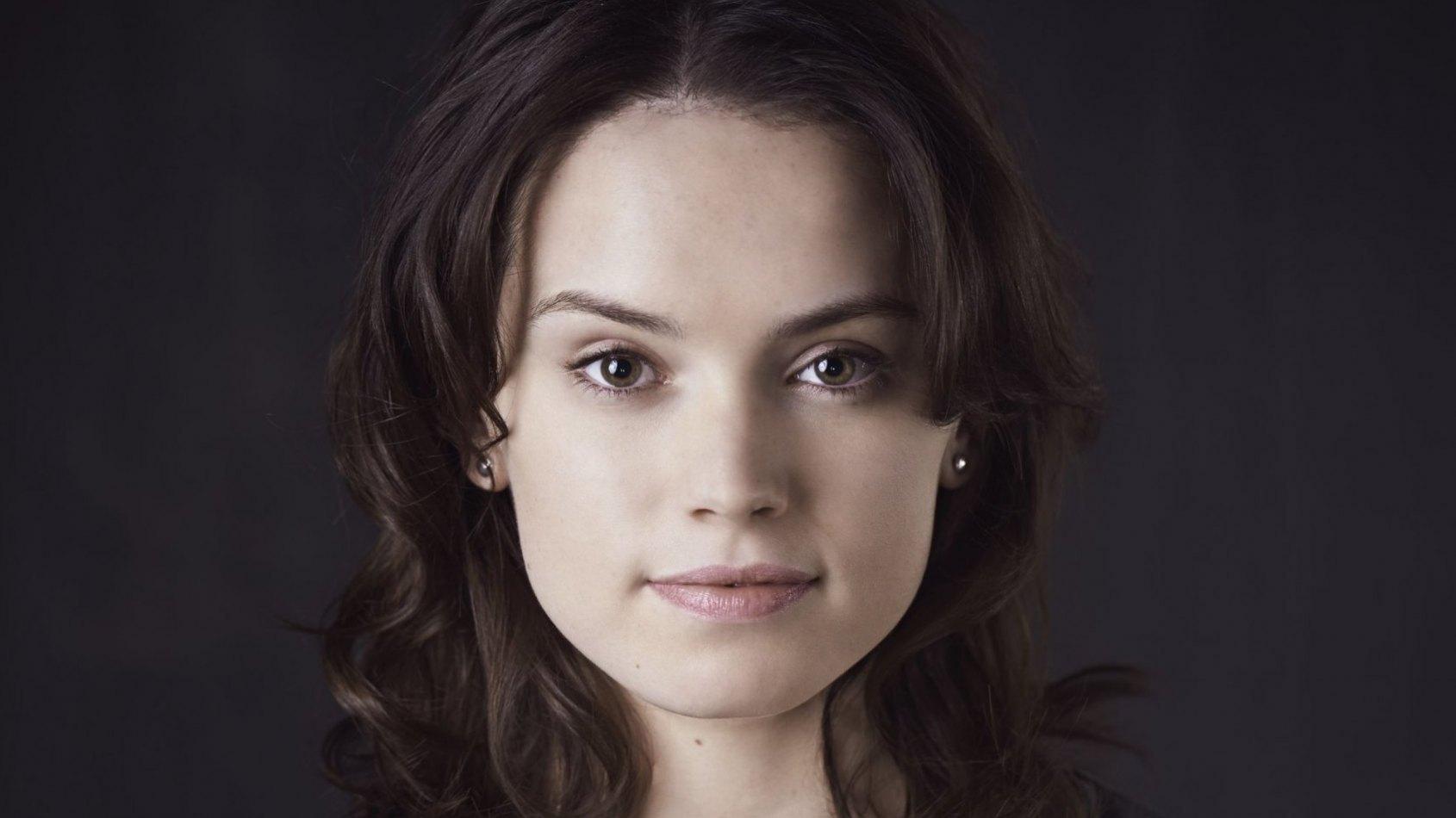 Daisy Ridley sera une présentatrice aux Oscars 2016 !