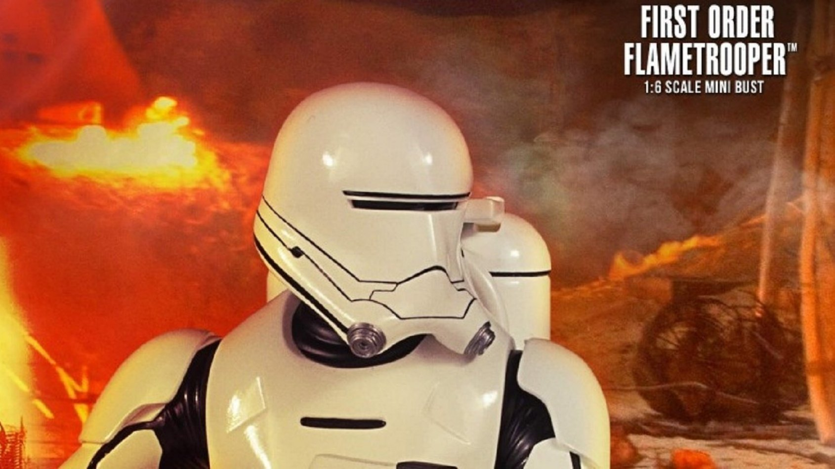 Le Flametrooper First Order Mini Buste de Gentle Giant en pré-commande