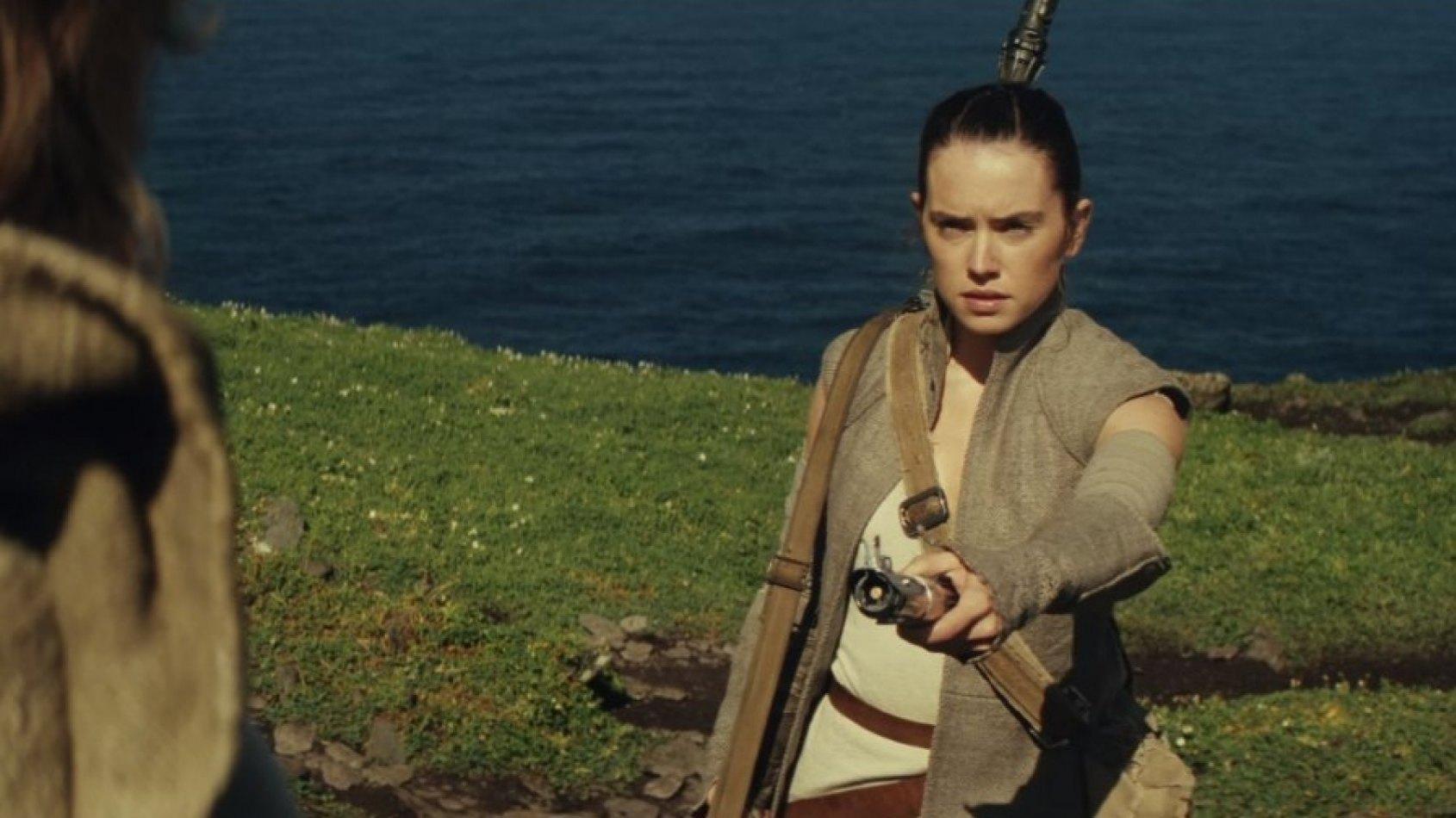 Mark Hamill tease une photo de l'entrainement Jedi de Rey