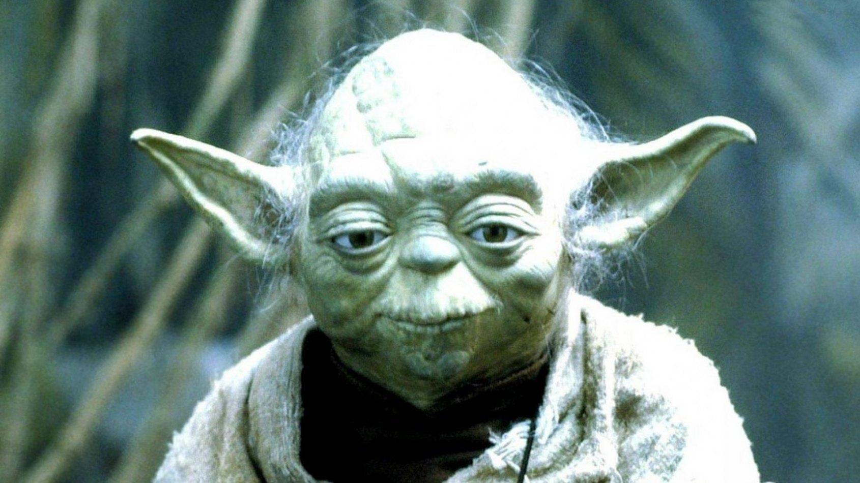 Yoda en figurines ARTFX chez Kotobukiya