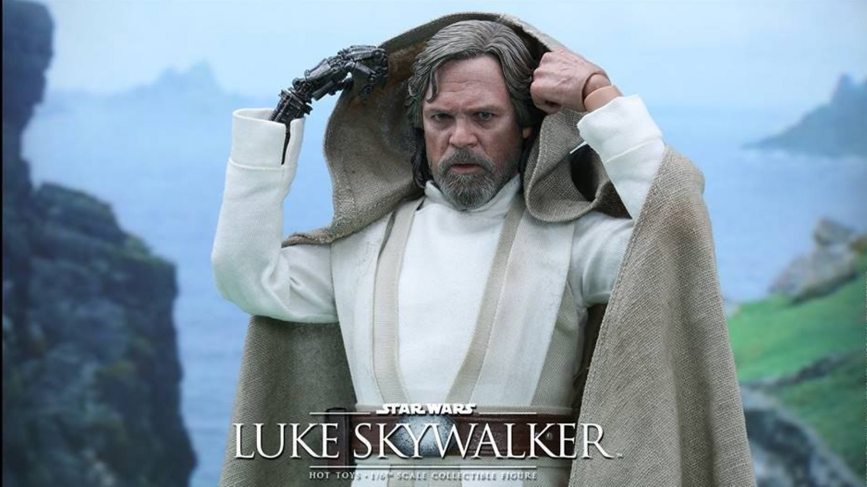 Hot Toys : La figurine de Luke Skywalker version Le R�veil de la Force
