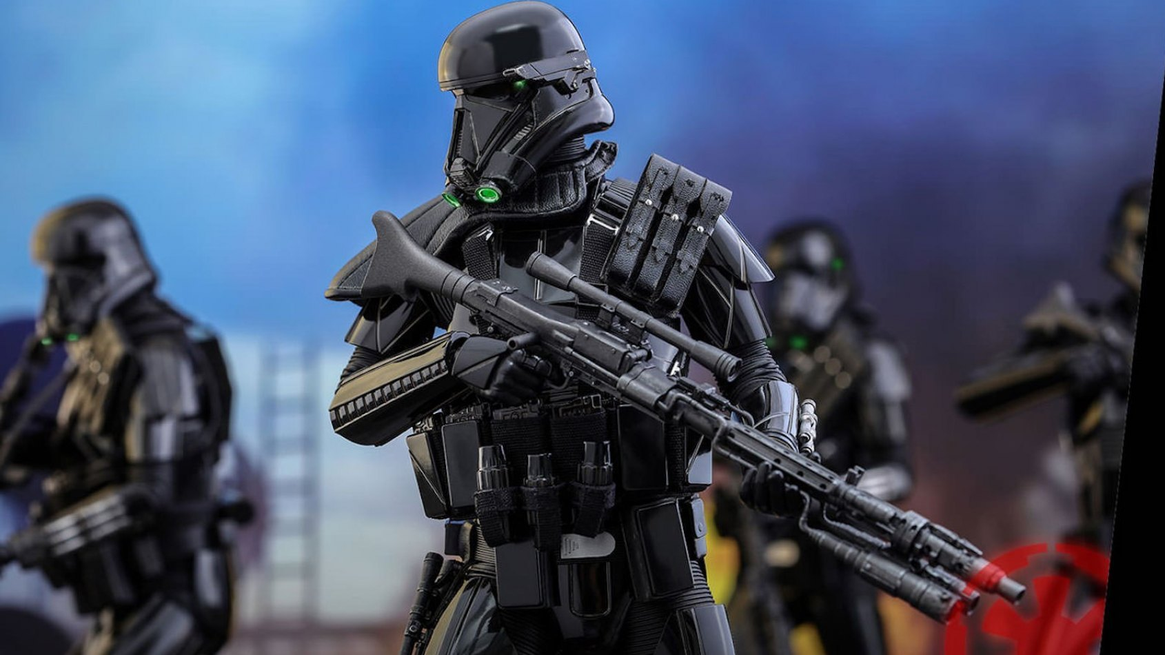 Hot Toys Sixth Scale Figures: Death Trooper