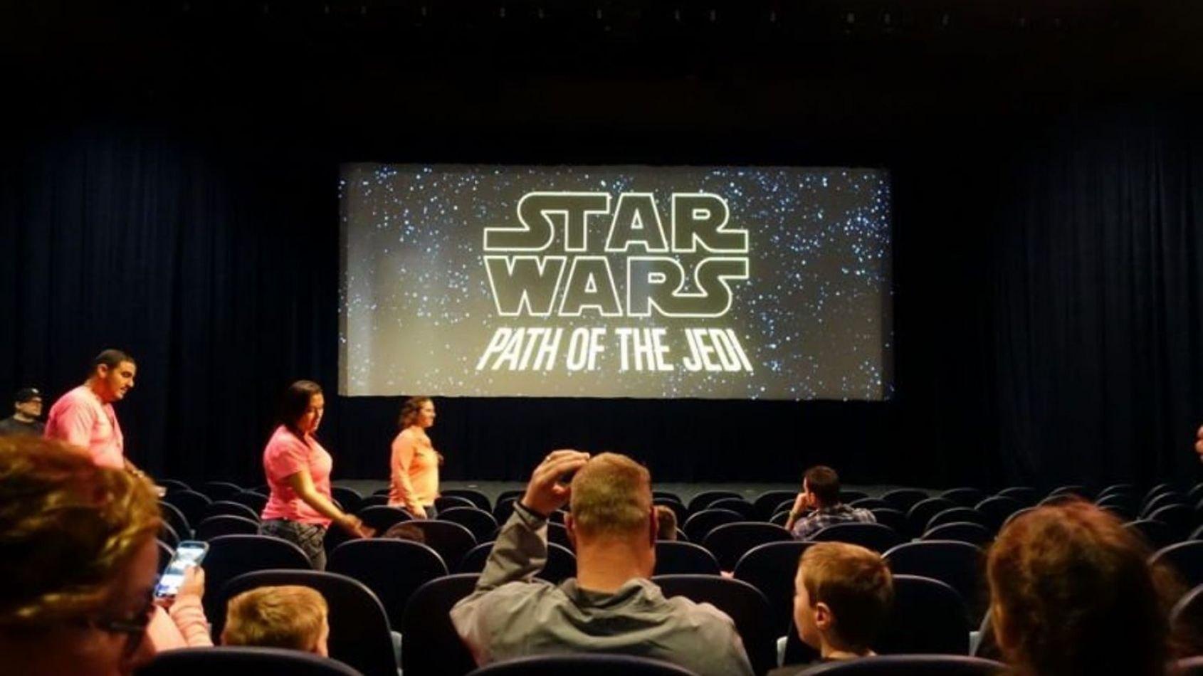 Path  of the Jedi arrive à Disneyland Paris