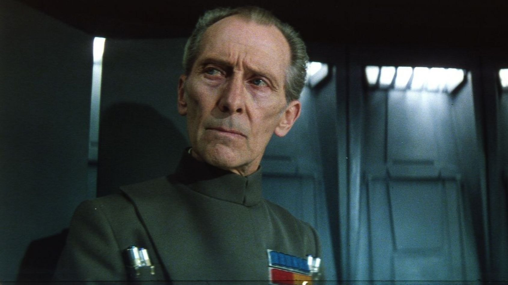 Il y a 104 ans naissait Peter Cushing