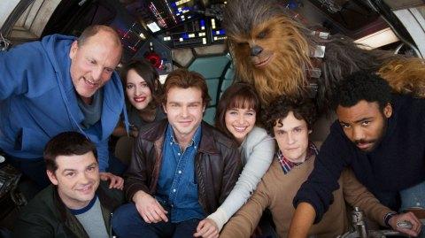 Un Stormtrooper s'invite sur le tournage de Han Solo