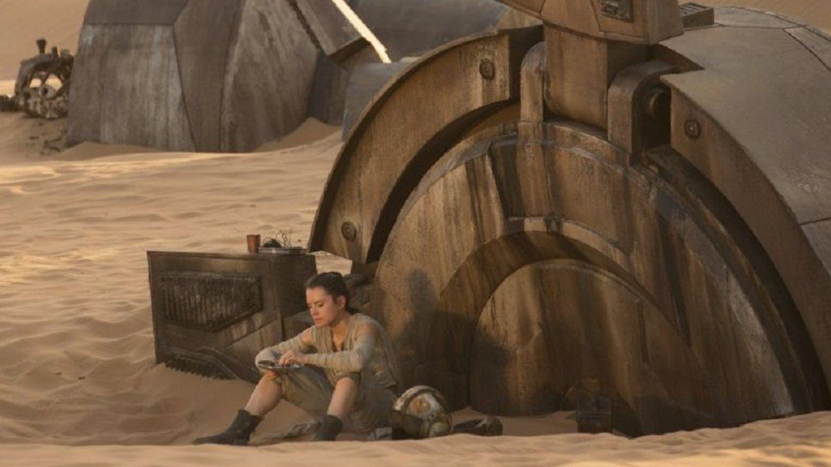 ANOVOS : Le casque de pilote de Rey en précommande !