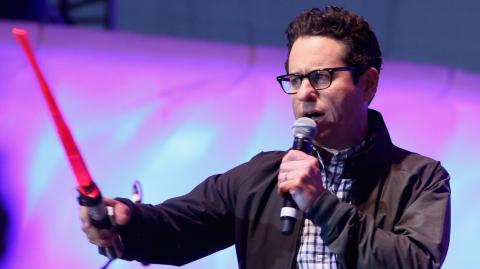 J.J. Abrams écrira et réalisera Star Wars Episode IX !