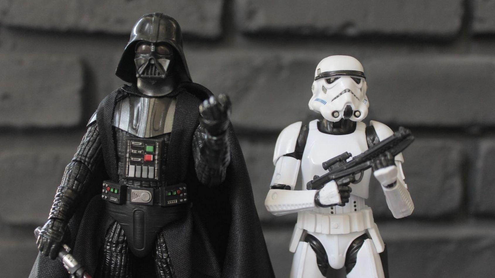 Review des Figurines Hasbro Black Series de Vador et du Stormtrooper