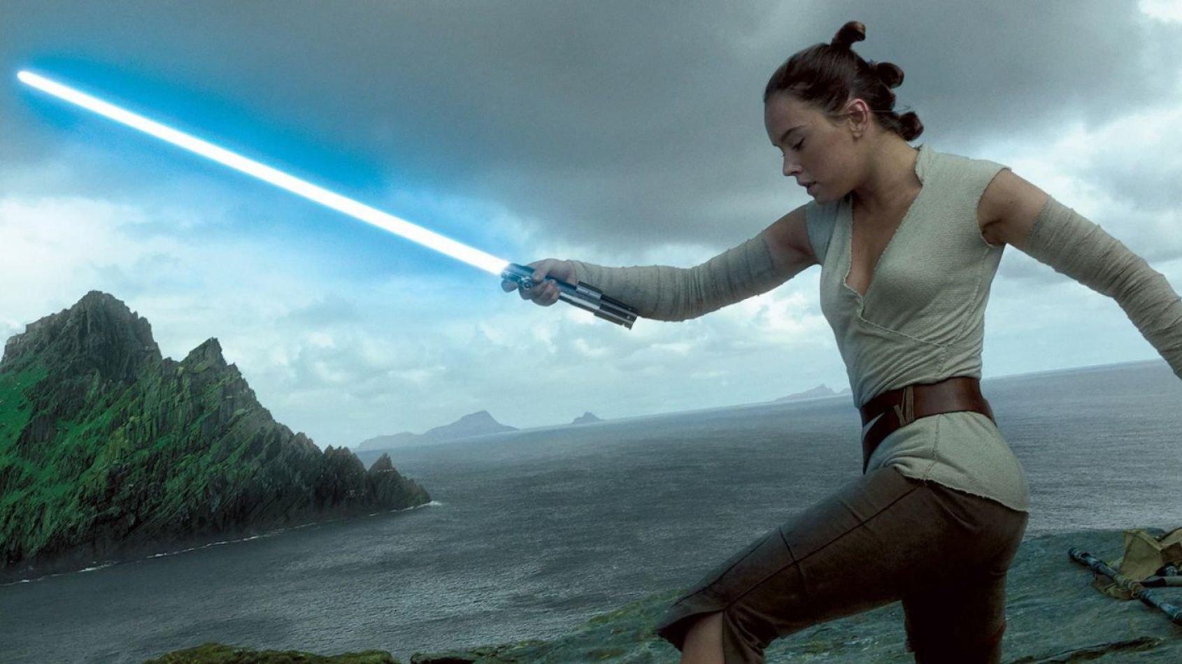 Les Derniers Jedi durerait 2h30 — Rumeur