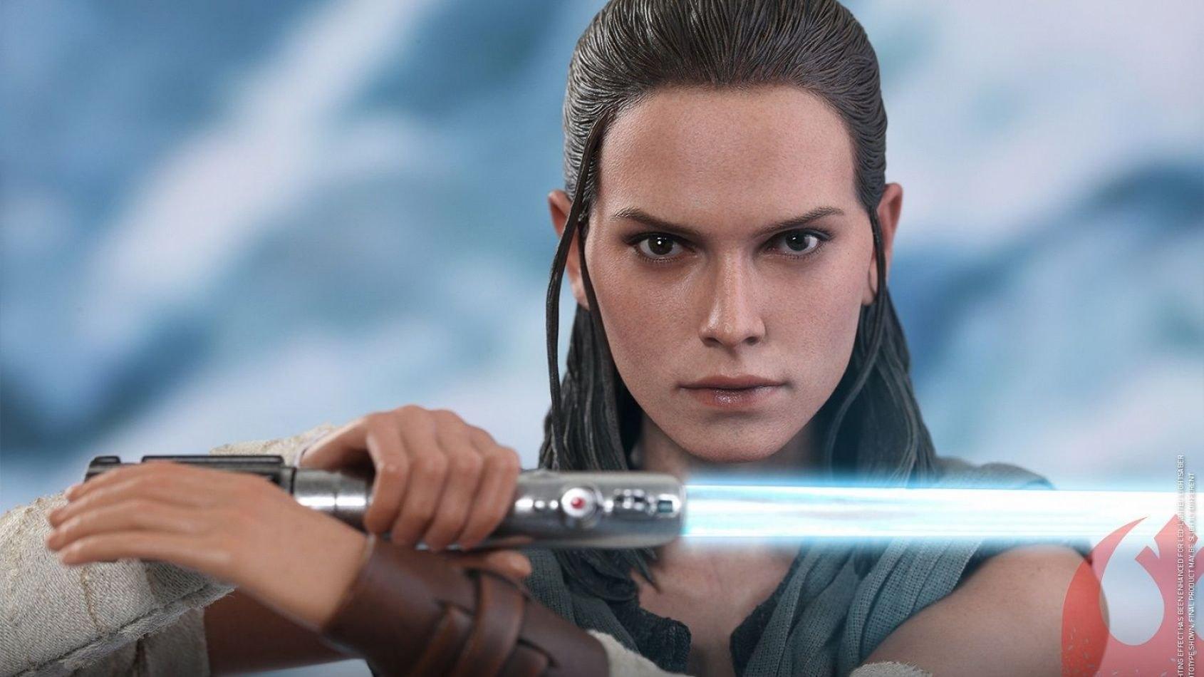 Rey dans Les Derniers Jedi par Hot Toys