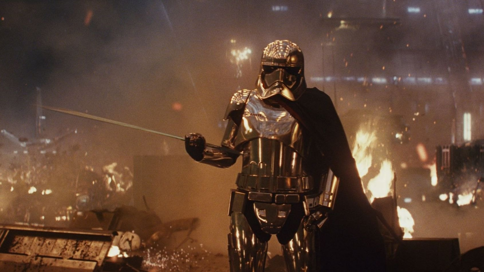 Rian Johnson parle de la Capitaine Phasma