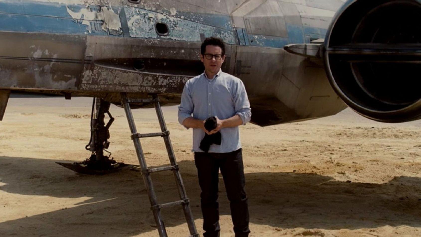 J. J. Abrams a hâte de pouvoir partager des détails sur l'épisode IX