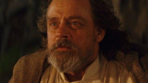Mark Hamill revient sur la mort de Luke Skywalker