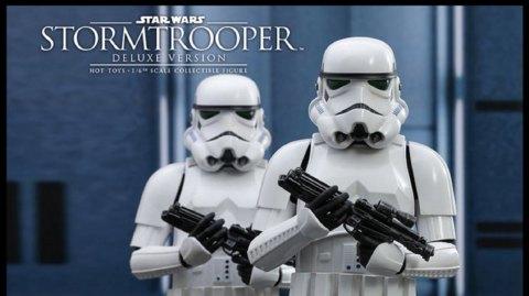 Un stormtrooper version trilogie originale en précommande chez Hot Toy