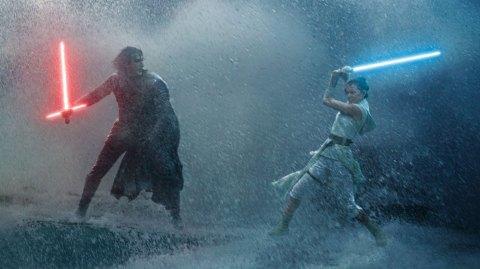Nouvelles informations sur Kylo Ren et Rey dans l'Episode IX !